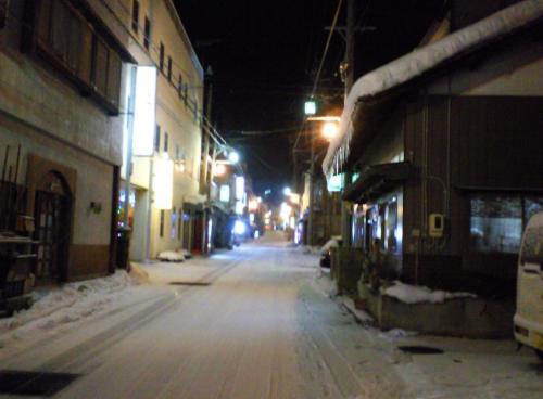 雪の湯河原の街(26.12.26)