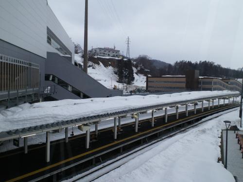 JR飯山氏新駅と立体駐車場(27.2.23)