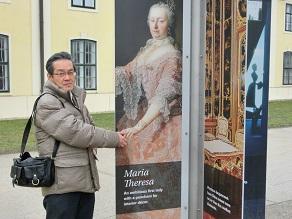 3 女帝マリア・テレジアと握手