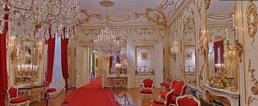 9 シェーンブルン宮殿内部イメージ
