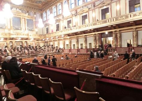 4 ウィーン楽友協会・黄金の大広間