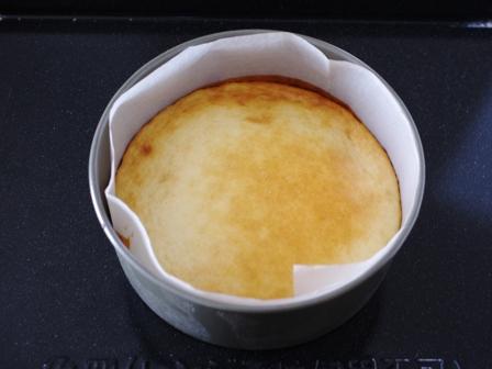 ホットケーキミックスとスライスチーズで簡単チーズケーキ04