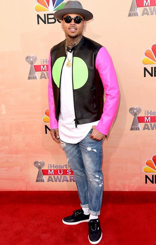 クリス・ブラウン(Chris Brown):ディースクエアード(Dsquared2)ジミーチュウ(Jimmy Choo)
