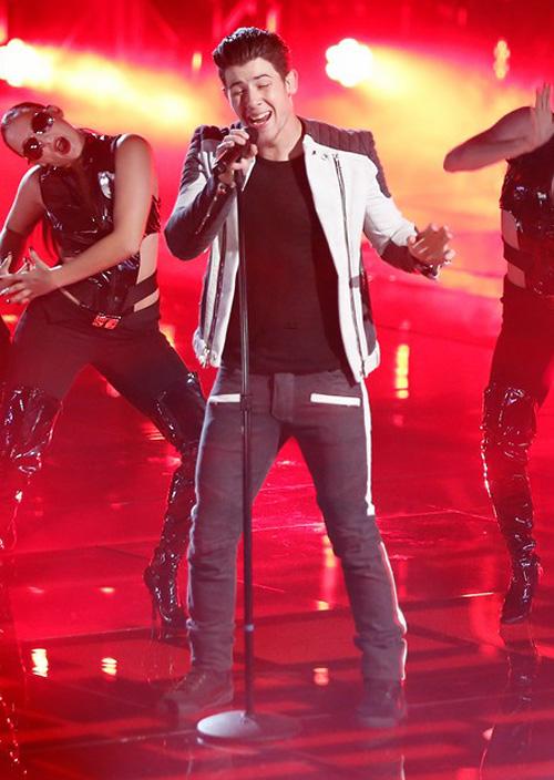 ニック・ジョナス(Nick Jonas):バルマン(BALMAIN)