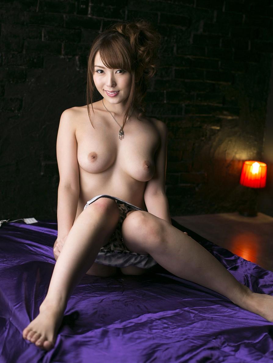 波多野結衣  Eカップ激カワAV女優のおっぱいエロ画像!9