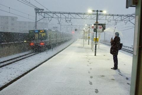 雪@島本駅