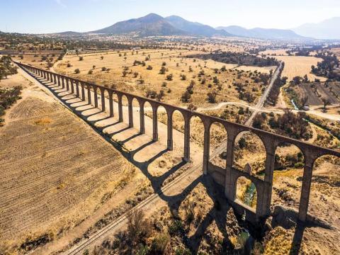 テンブレケの水道橋
