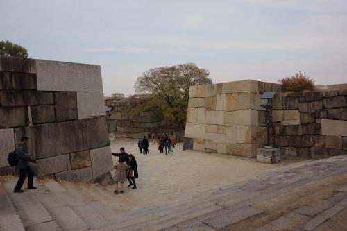 2山里門 (1200x800)