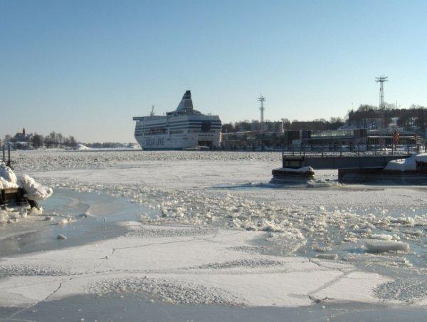 Helsinki 港