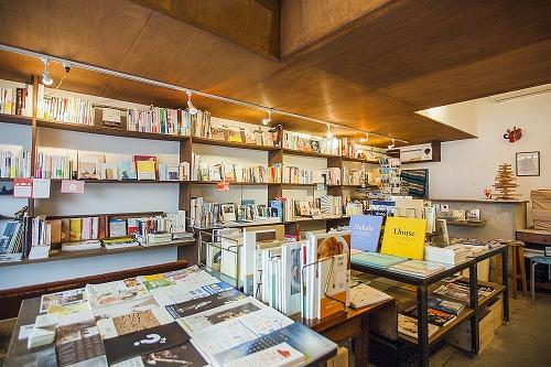 2015_ch_books_b1.jpg