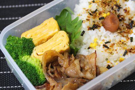 豚生姜焼き弁当2