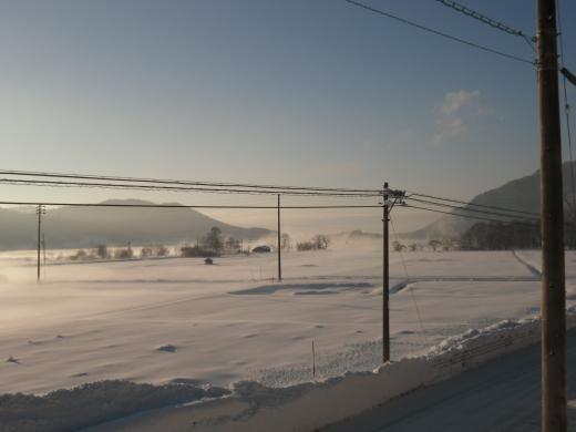 朝もやの木崎湖