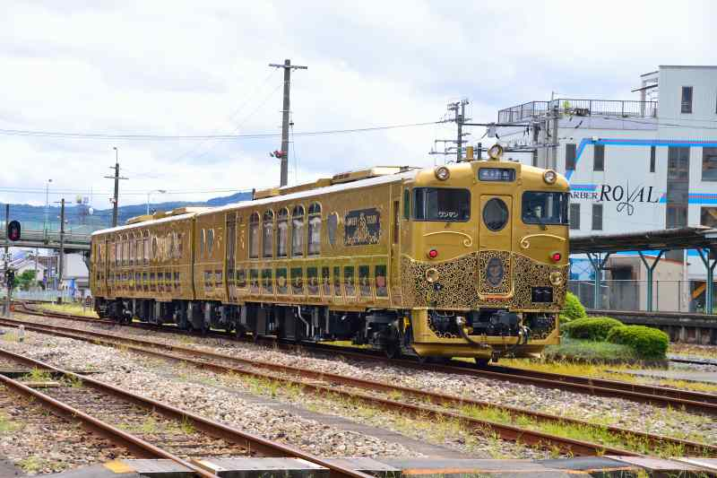 或る列車 (4)