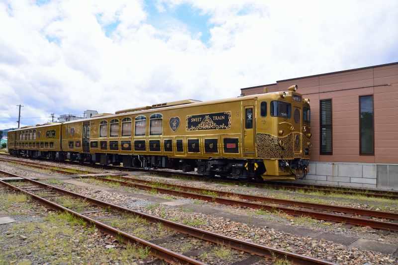 或る列車 (2)