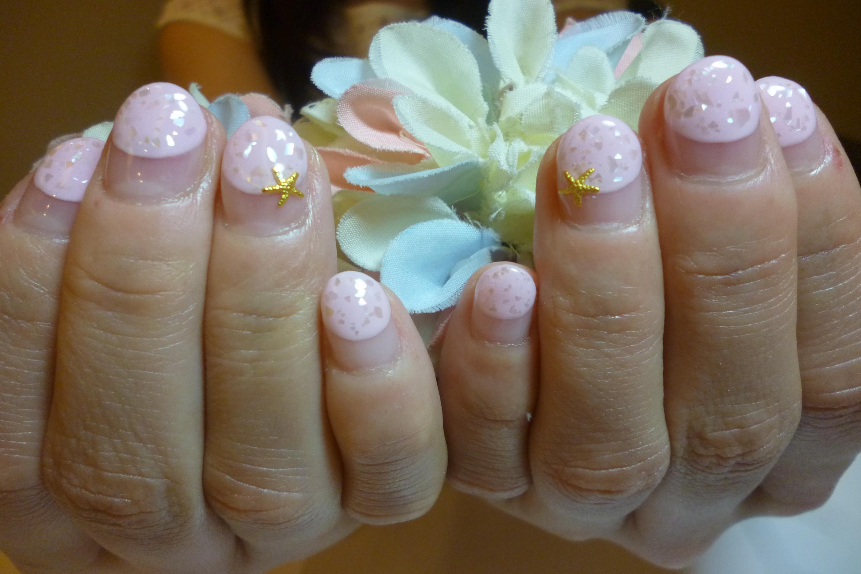 ピンク丸フレンチ×クラッシュシェル&ヒトデアートネイル