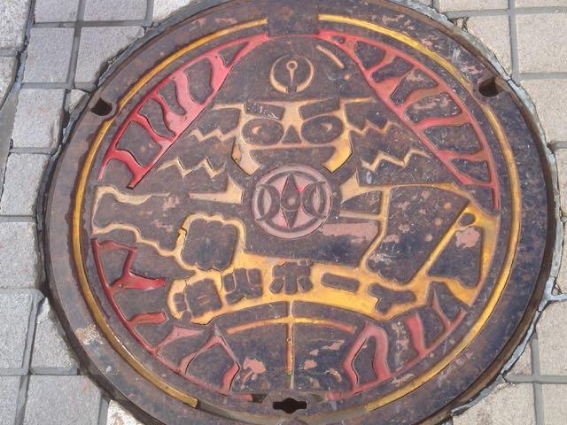 八戸マンホール2