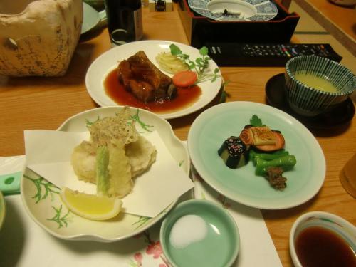 天ぷら・鮭のムニエル・ステーキ