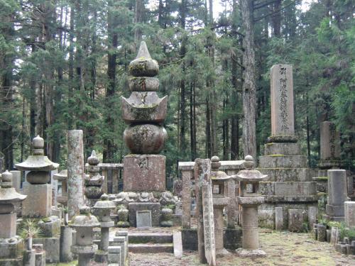 蜂須賀家墓所