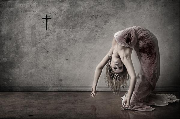 shocking-horror-photography-15.jpg