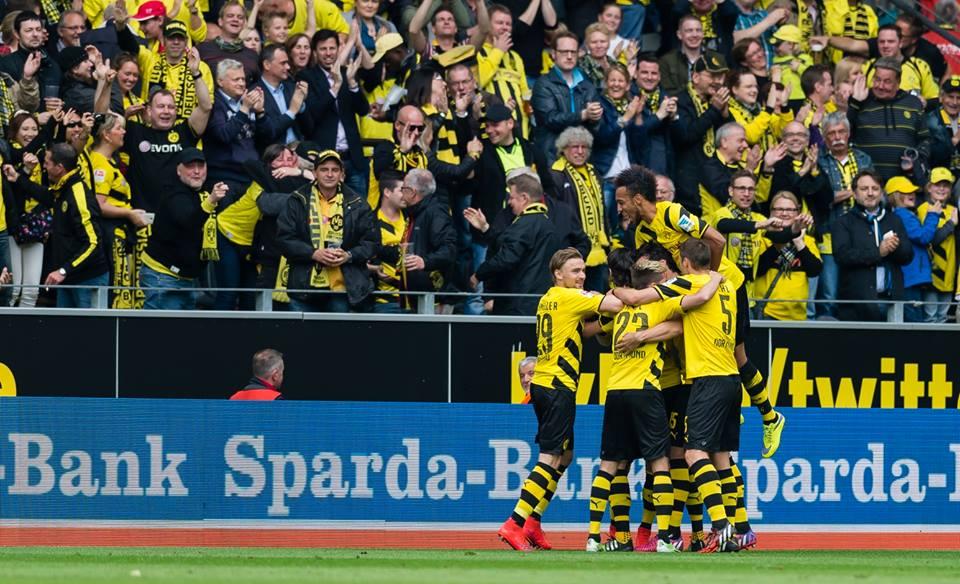 Borussia Dortmund - Hertha 2 0 Subotić