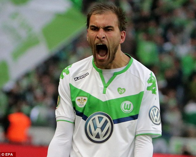 Bas Dost wraps up
