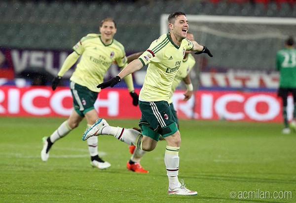 Destro_1_0_Fiorentina.jpg