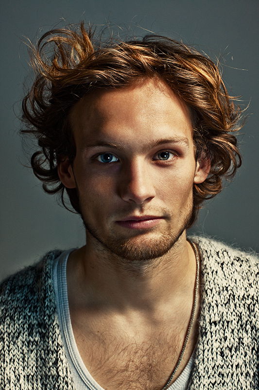 L_Men_s_Health_Daley_Blind.jpg