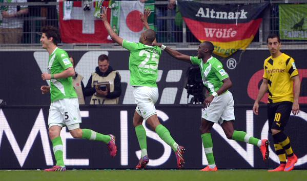 Naldo_Wolfsburg_bvb_2_1.jpg