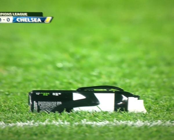 referee_left_spray.jpg