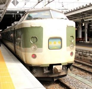 189系あさま色妙高号長野駅にて