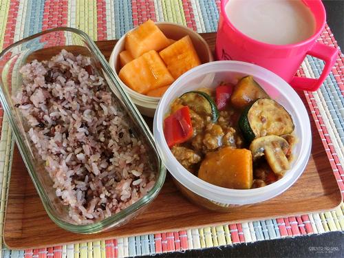 夏野菜のカレー弁当01