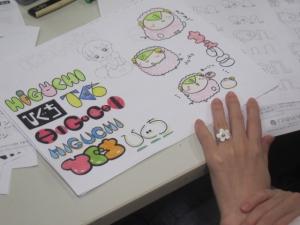 ロゴのスケッチ3
