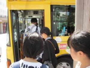 循環バスでジブリ美術館へ