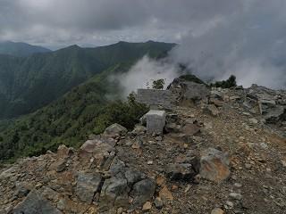 支湧別岳山頂