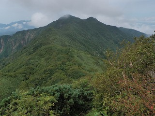 臼別岳(遊楽部岳方面から)