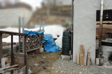 201504 2棟目の薪小屋設置予定箇所