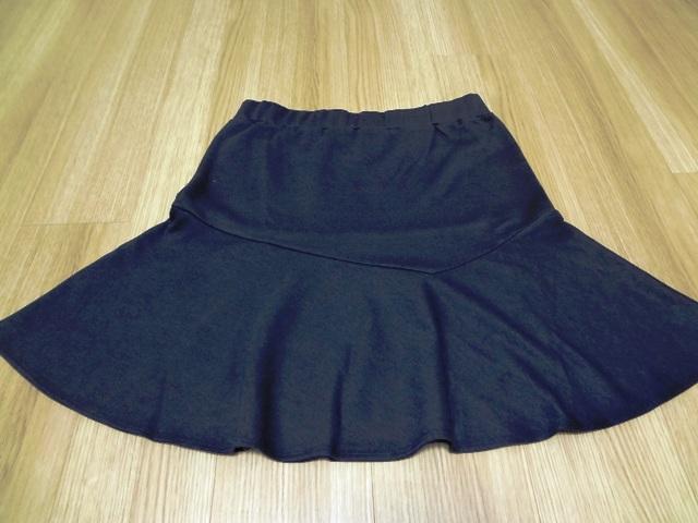 カットソー生地のスカート