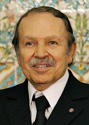 ②アルジェリア大統領アブデルアジズ・ブーテフリカBouteflika_(Algiers,_Feb_2006)