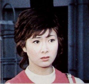 ①女優菊容子?