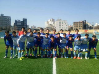 H27年 韓国遠征  本庄第一高校サッカー部22人が韓国で集団的万引き