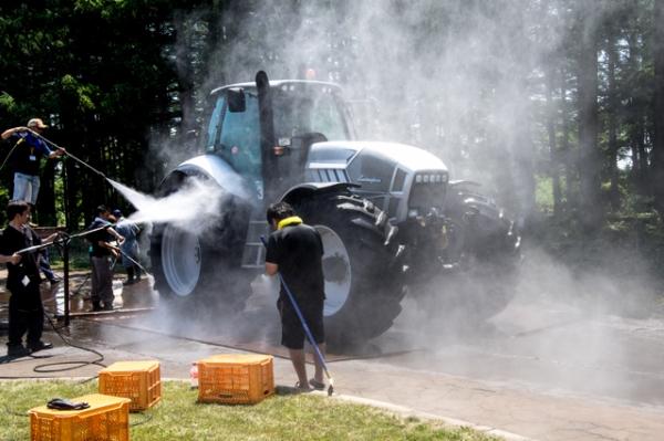 トラクターBANBA洗車3