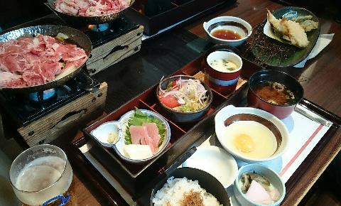 ごほうびは、和食鍋処「すし半」で(*^_^*)
