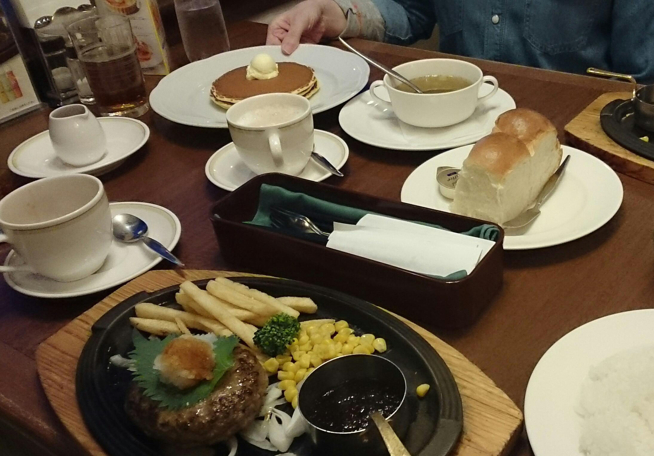 レストランで食事/まさよさん