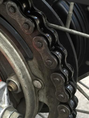 chain09.jpg