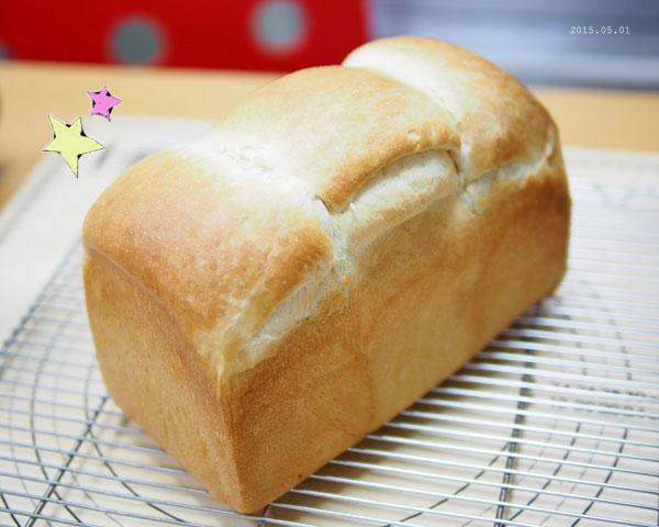 見事な食パン