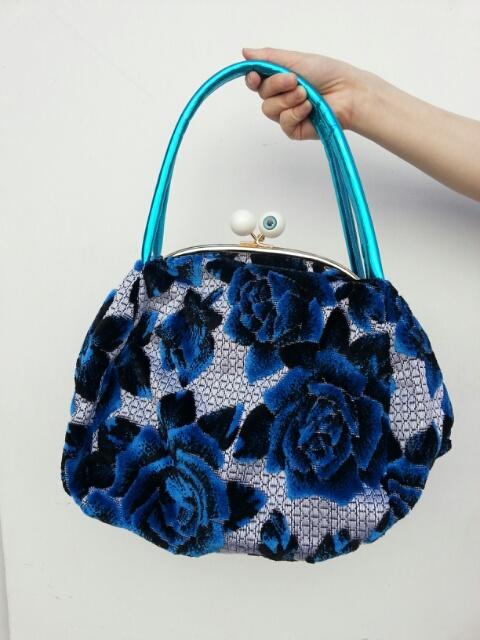 bluebag.jpg