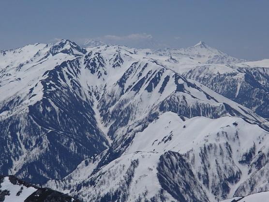 上の廊下と右-笠ヶ岳