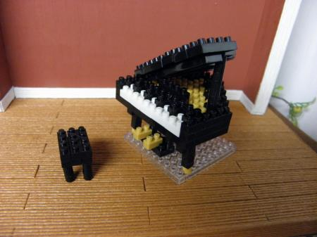 002_convert_20150215192009②ナノブロックピアノ
