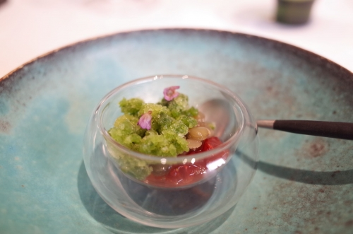 苺と雁金茶 緑レンズ豆の蜜煮