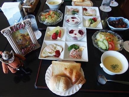 朝食でしゅ